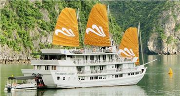 Du thuyền Paradise Sails Hạ Long